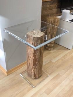 Acrylglas Tisch mit Holz