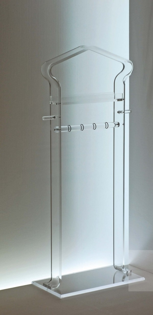 acrylglas herrendiener m bel glanz der spezialist f r acrylglasm bel. Black Bedroom Furniture Sets. Home Design Ideas